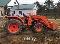 Kubota Tractor 4x4 Loader L3200