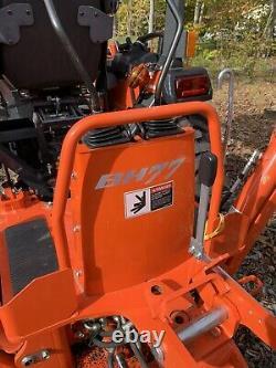 Kubota b2650 tractor Loader W B77 Backhoe Low Hours