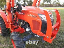 L3901D Kubota 4wd Tractor Hydrostat drive with Loader/Trailer/BushHog