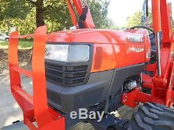 L4400D Kubota 4WD Tractor/Loader 2011 model/Trailer and equipment/Hydrostatic