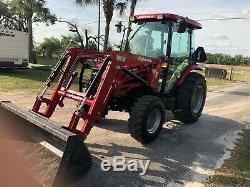 Mahindra 2555 cab tractor loader