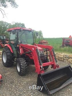 Mahindra 5010 Tractor With Front Loader Bucket