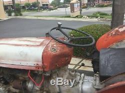 Masey Ferguson TO35 Tractor with Scraper Runs