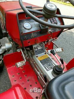 Massey Ferguson 1020 Diesel 4x4 tractor