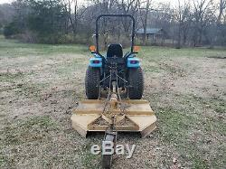 New Holland 4x4 Tractor With Loader And Bushhog