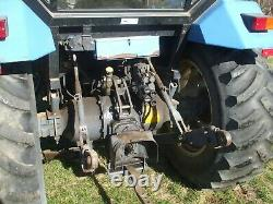 New Holland 5030 Farm Tractor with Loader
