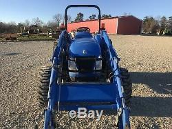 New Holland TC55DA Farm Tractor. 4x4. Loader. Shuttle. 1500 Hours. Mint Conditio