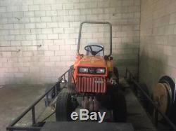 Orange Kubota B 6200 Tractor Diesel 3 cylinder 4x4
